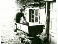Opa Bumm, mit bürgerlichem Namen Nikolaus Becker, bei seiner schweren Arbeit in der Grube Hoffnung. Foto: Besucherbergwerk Fell