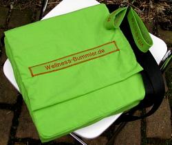 Der Wellness-Bummler eine Tasche auf Wellness Weltreise.