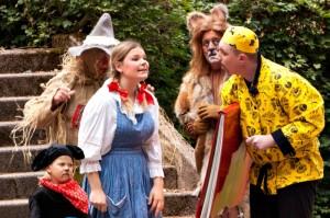 """Freilichtspiele Katzweiler - Szene aus """"Der Zauberer von Oz"""" Foto: Freilichtspiele Kratzweiler"""