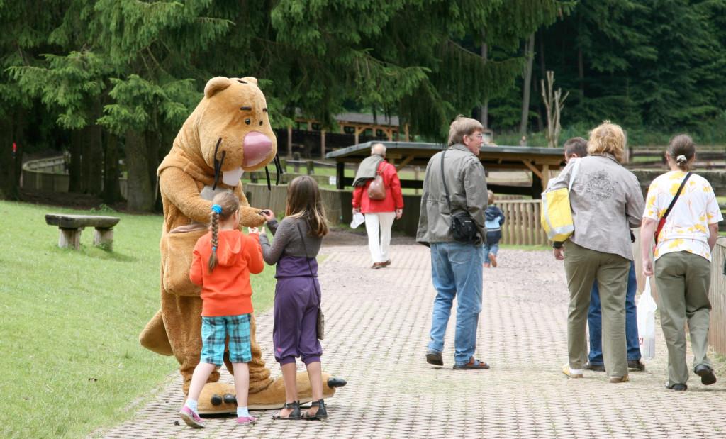 Nils Nager im Wild- und Wanderpark Silz